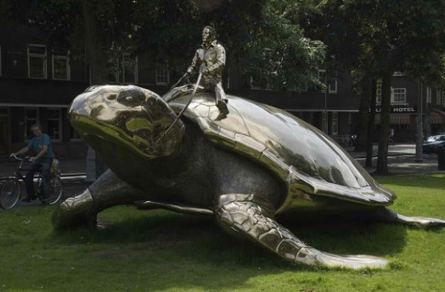 escultura tartaruga holanda