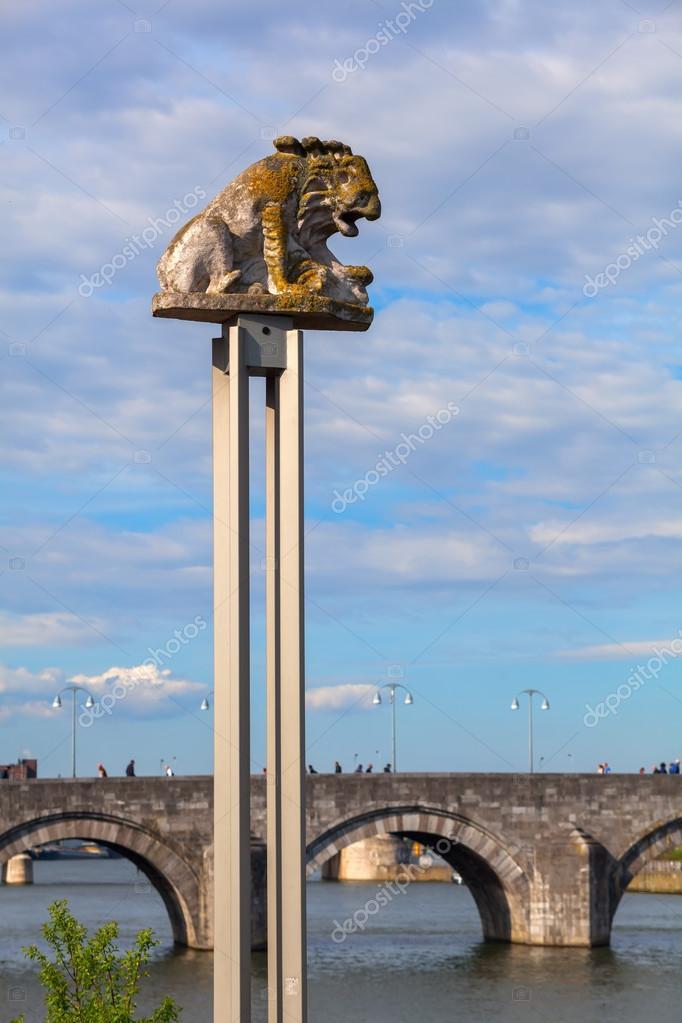Leão Meuse em Maastrich Países baixos